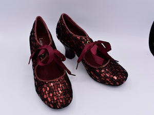 Red metallic leather shoes