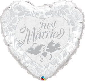 Just Married Pearl White & Silver 36 inch Heart Foil