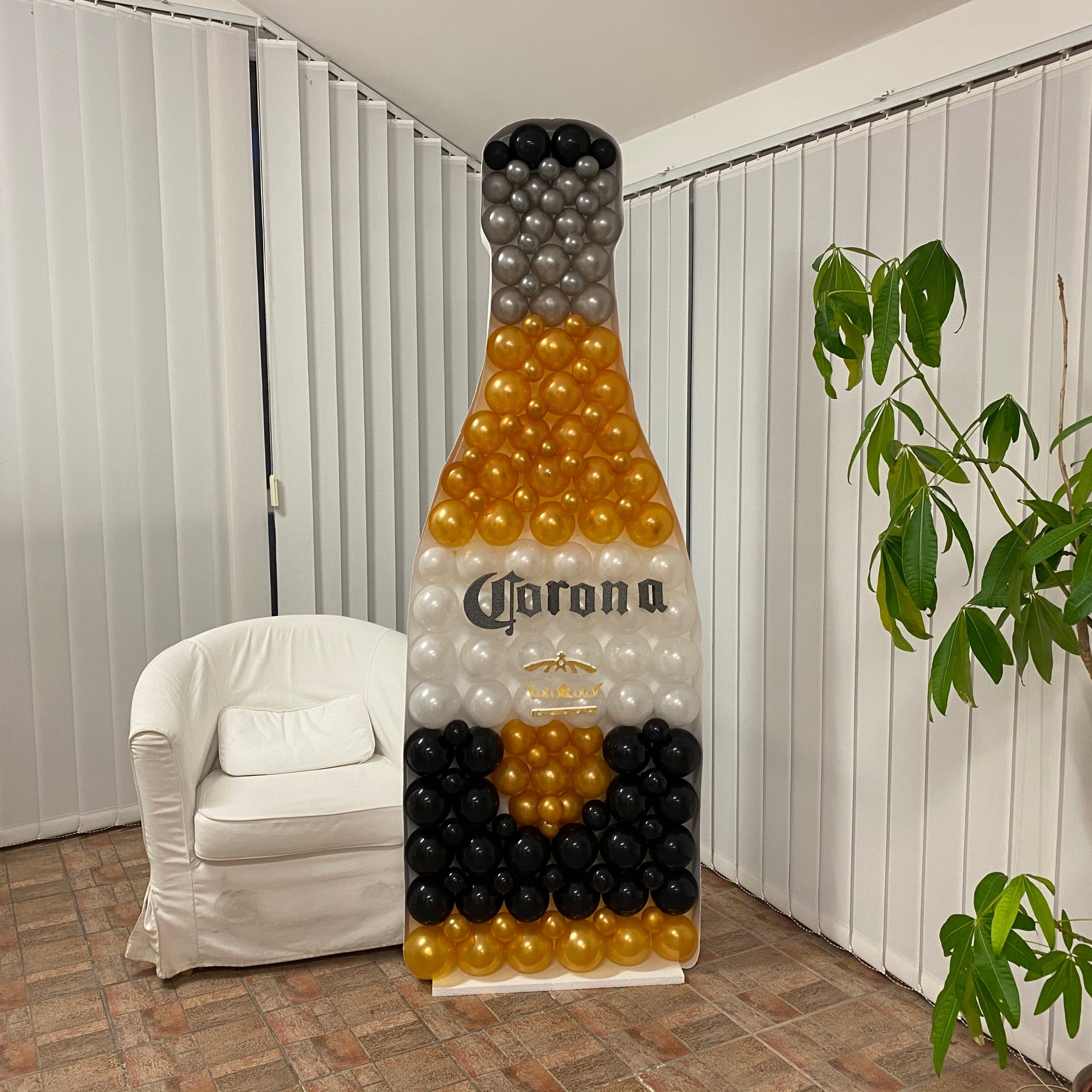 Balloon Frame - Bottle - 200cm x 70cm