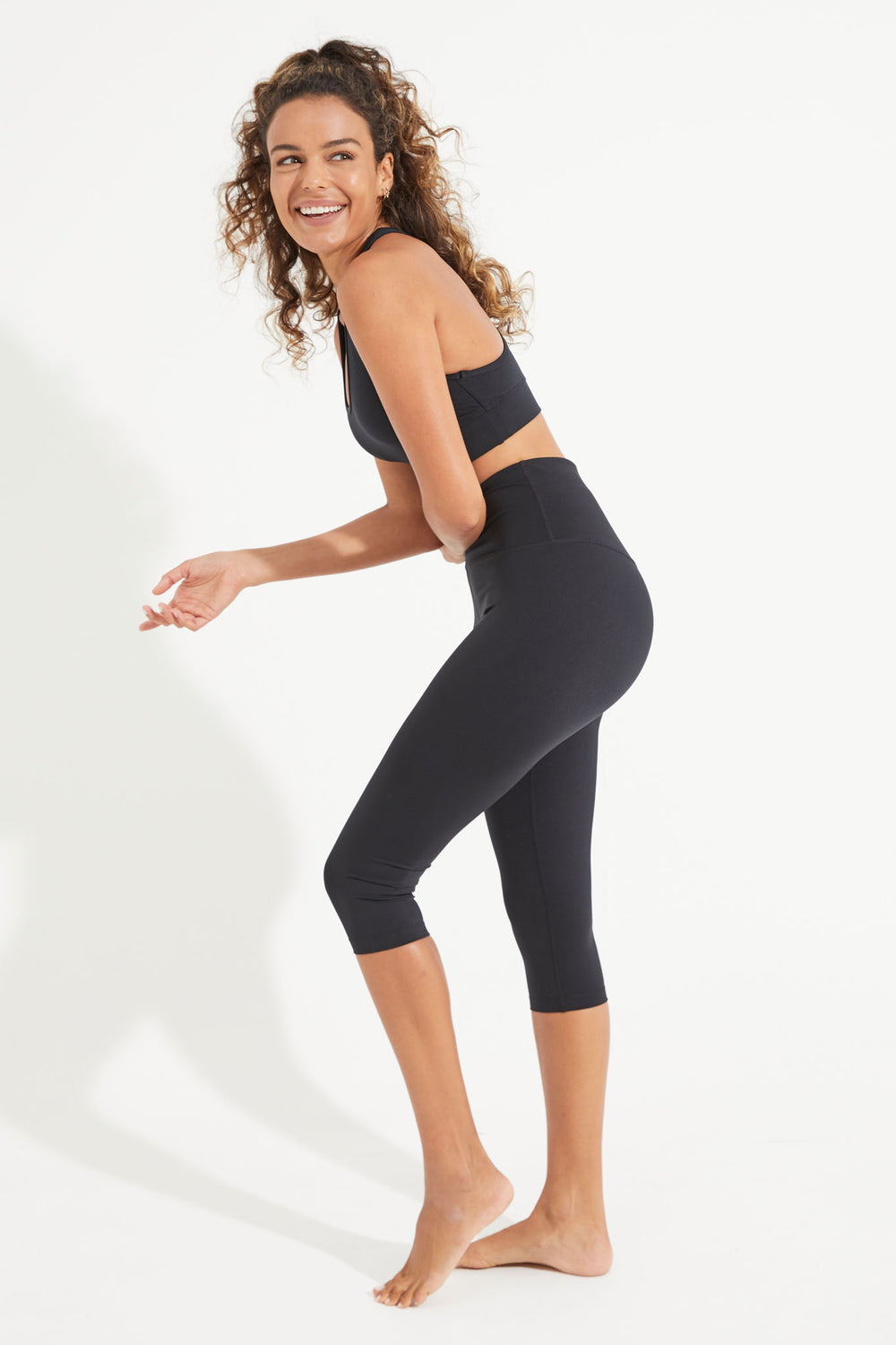 High Waisted Wonder Luxe Legging Crop Length - Black