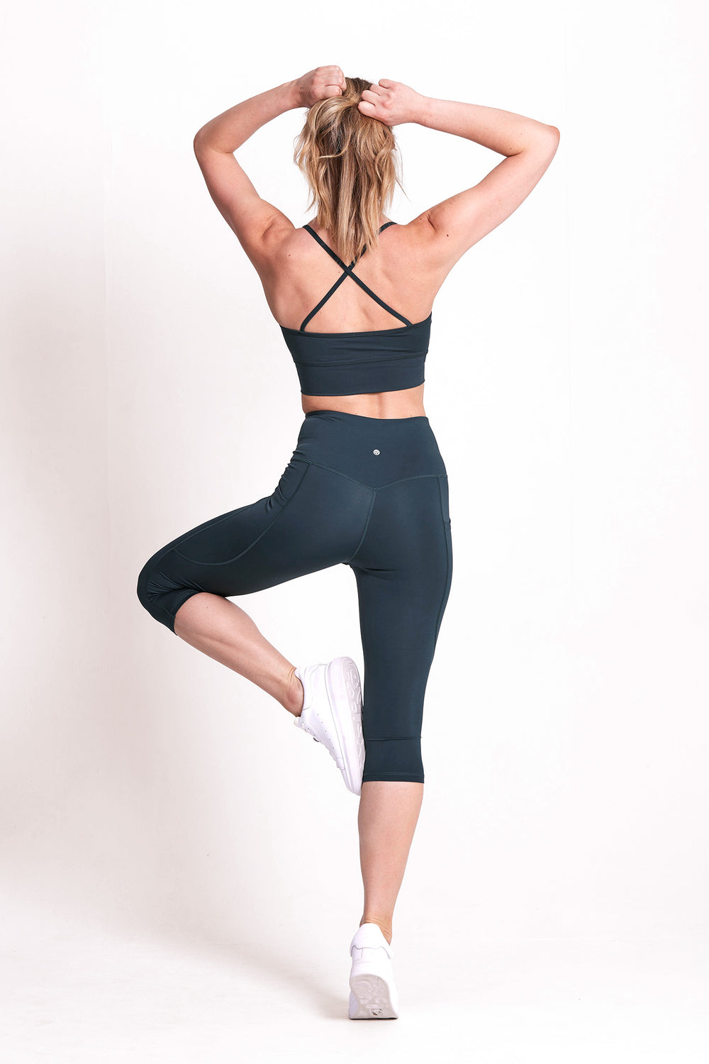 Motion Crop Legging - Deep Ocean