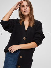 Load image into Gallery viewer, Black V Neck cardigan