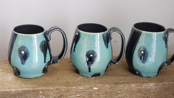 extra large driping dot mugs
