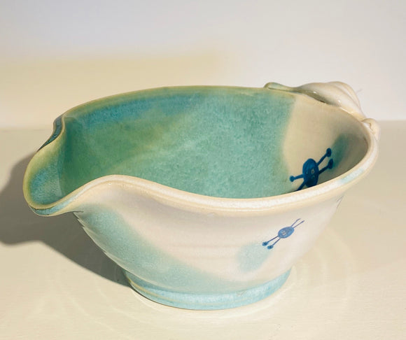 Small mixing poring bowl,