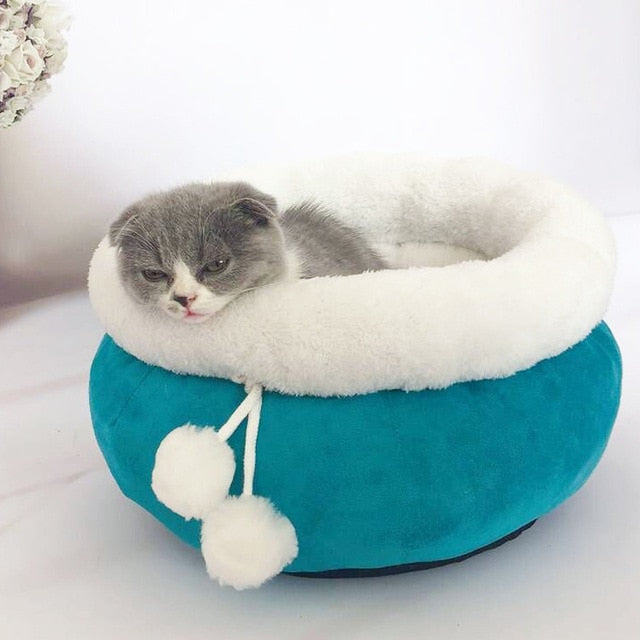 Pet Sofa Dog Beds Princess Style Sweety Cat Bed House Cushion Kennel Pens Sofa House Warm Sleeping Bag Pet Supplies cama perro