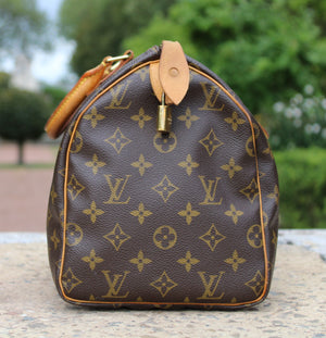 Louis Vuitton - Speedy 30