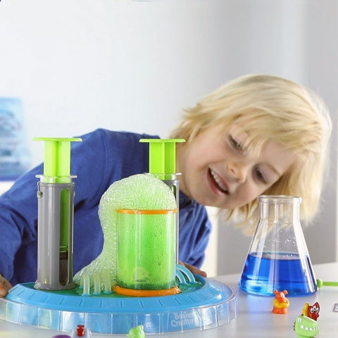 Learning Resources Beaker Creatures Liquid Reactor Super Science Kit 2