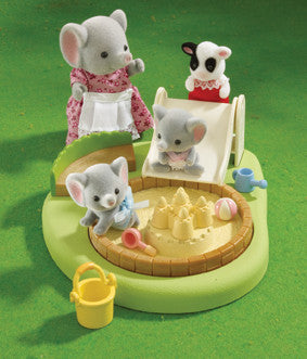 Sylvanian Families - Sandpit and Paddling Pool | KidzInc Australia | Online Educational Toy Store