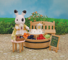 Sylvanian Families - Juice Bar and Figure Set | KidzInc Australia | Online Educational Toy Store