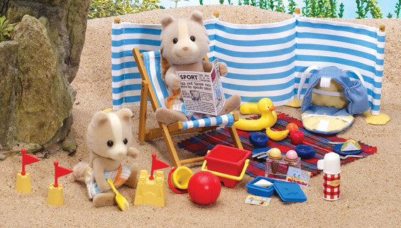 Sylvanian Families - Day at the Seaside | KidzInc Australia | Online Educational Toy Store