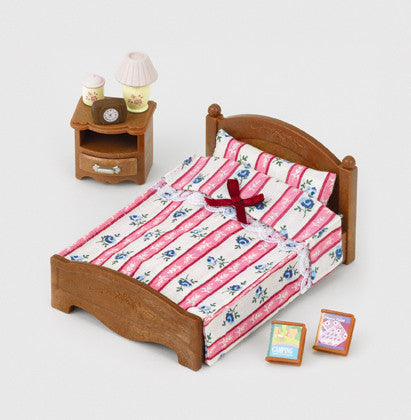 Sylvanian Families - Semi-double Bed | KidzInc Australia | Online Educational Toy Store