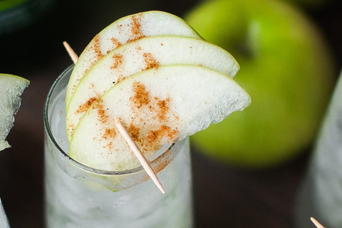 Cocktail Hour - Apple Hinny