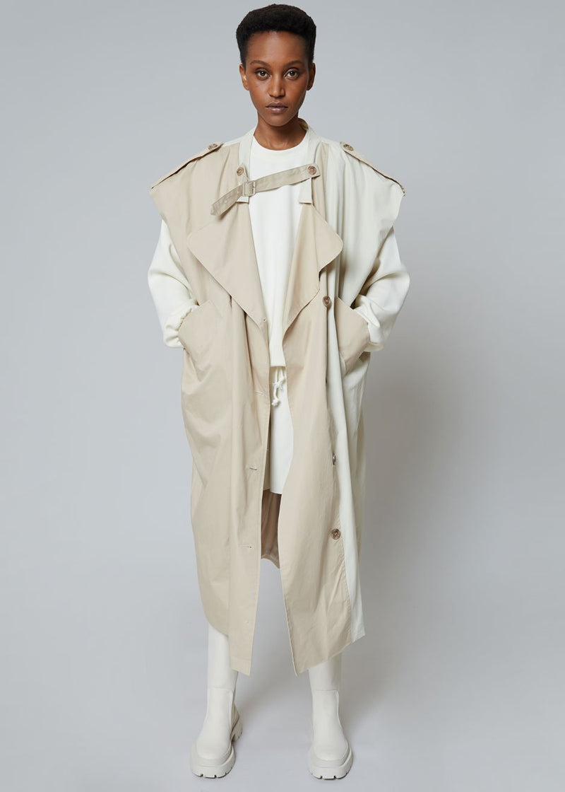 Nola Two Tone Sleeveless Trench in Sand/Shell