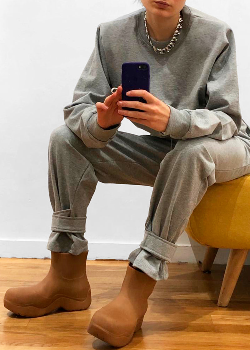 Tab Cuff Sweatpants in Heather Grey