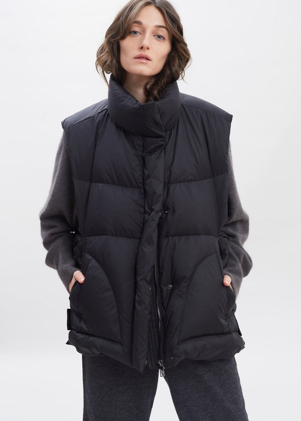 Tab Hem Quilted Puffer Vest in Black
