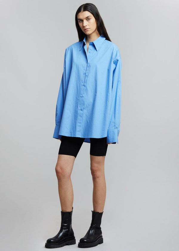 Boyfriend Button Down Shirt in Riviera