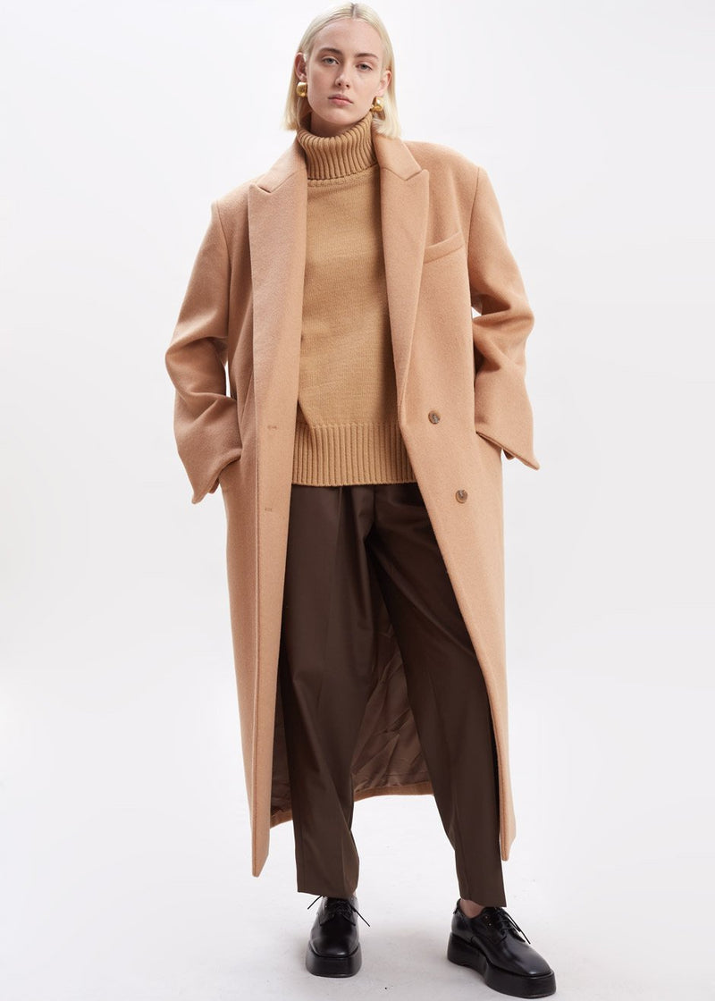 Single Breasted Woven Overcoat in Camel