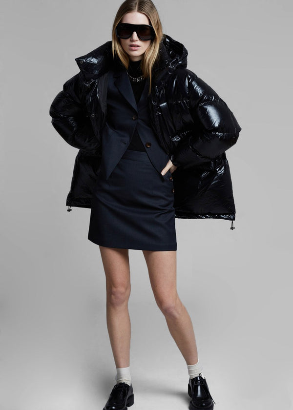 Oversized Hooded Puffer Coat in Glossy Black