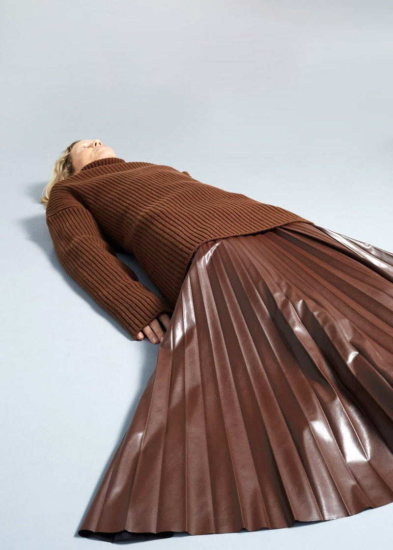 Pleated Faux Leather Midi Skirt in Chocolate