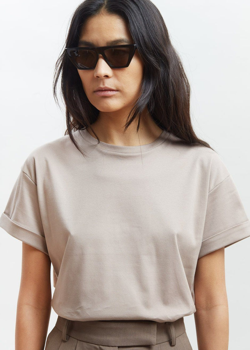 Amelie Cuffed Crewneck Tee in Smoke Top The Frankie Shop