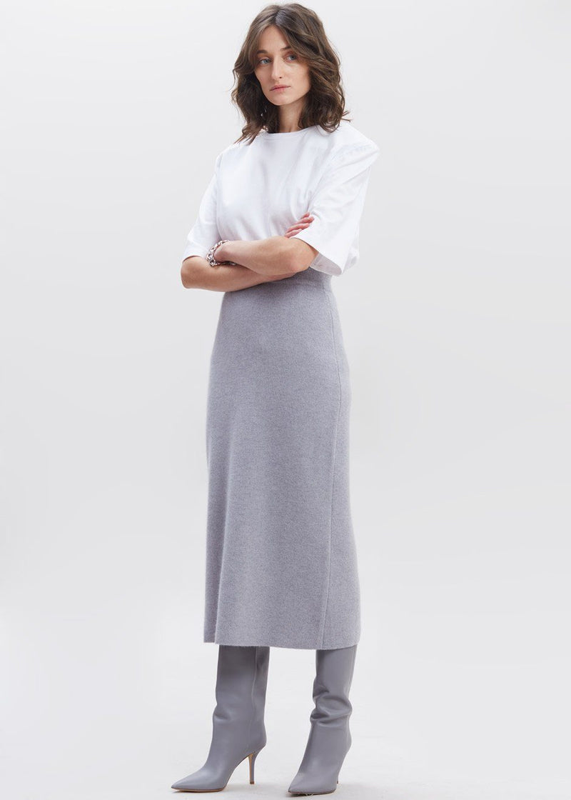 Cloud Knit Midi Skirt in Soft Grey Skirt siene