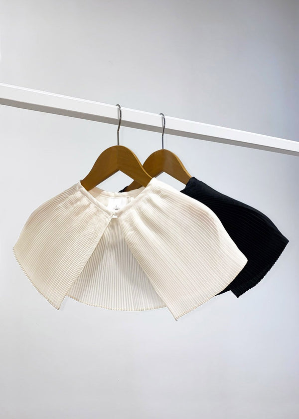 Satin Pleated Collar in Pearl