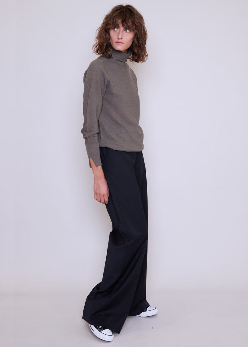 Magrethe Wide Leg Pants by Gestuz in Navy Pants Gestuz