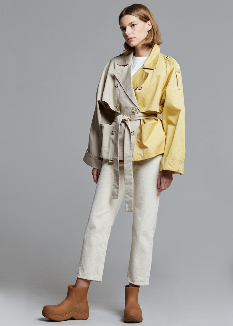 Mai Short Trench Coat by Gestuz in Pure Cashmere Coat Gestuz