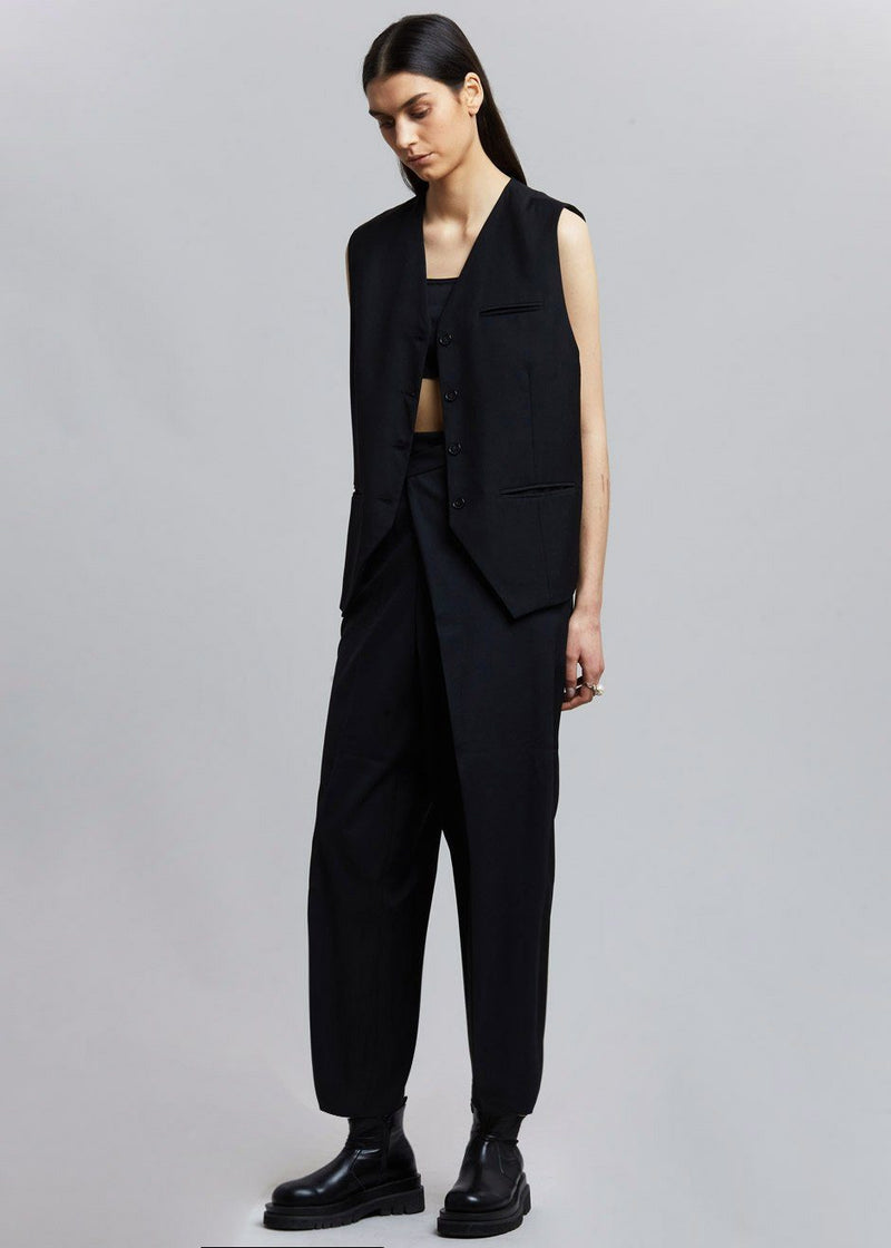 Oversized Suit Vest in Black Vest De Base Karé
