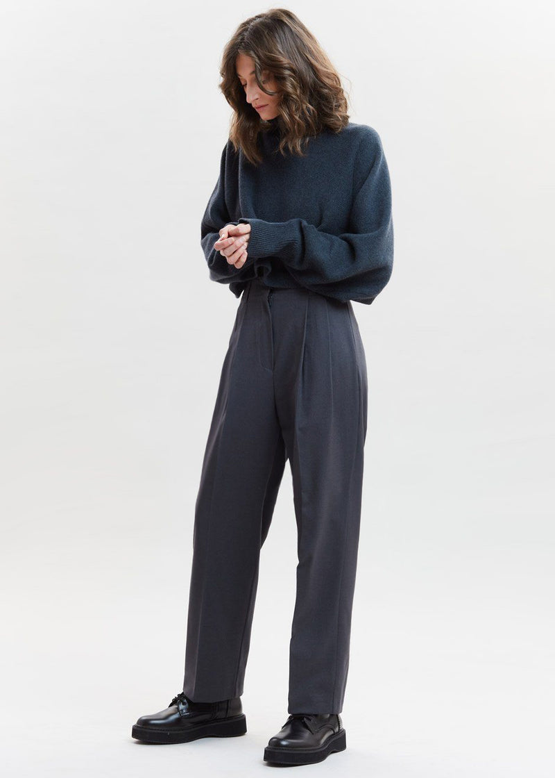Straight Belted Pleat Pants in Pewter