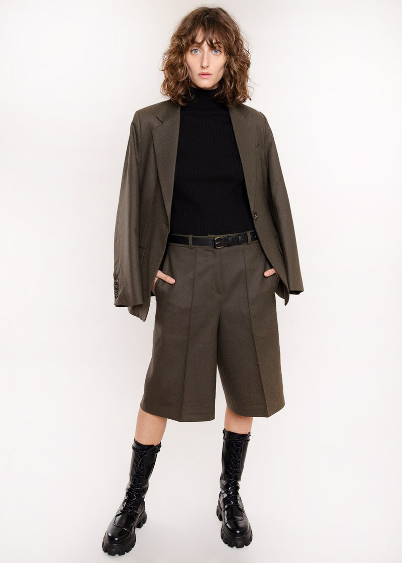 Tailored Pressed Crease Trouser Shorts in Mud