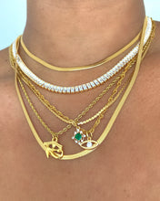 Load image into Gallery viewer, Vintage emerald necklace