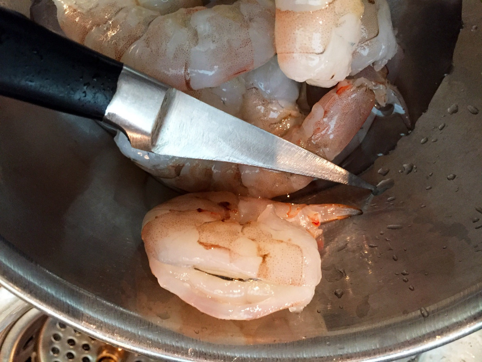 Shrimp de-veining