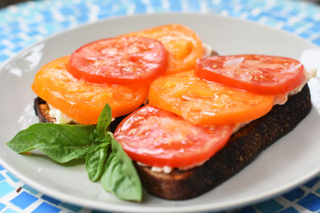 McEvoy-Ranch-Tomato-Sandwich