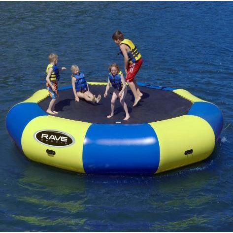 4 kids in Rave Sports Bongo Bouncer 15 - 15' Springless Water Bouncer 02012