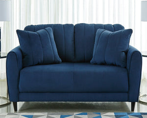 Enderlin Signature Design by Ashley Loveseat image