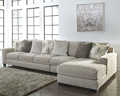 Ardsley Benchcraft 3-Piece Sectional with Chaise image