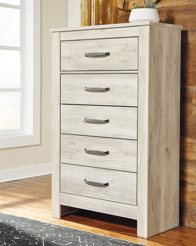 Bellaby Signature Design by Ashley Chest image