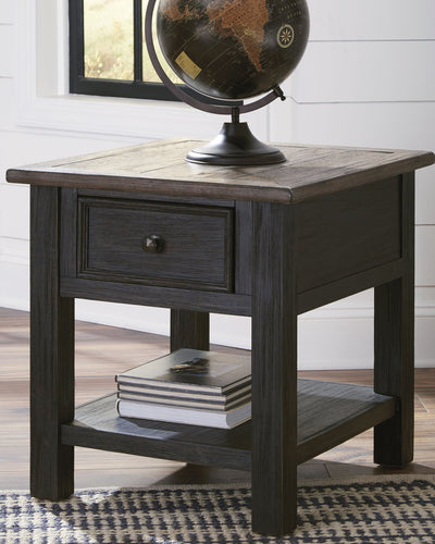 Tyler Creek Signature Design by Ashley End Table image