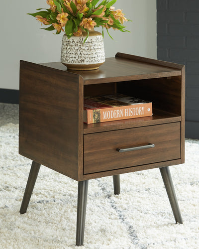Calmoni Signature Design by Ashley Square End Table image