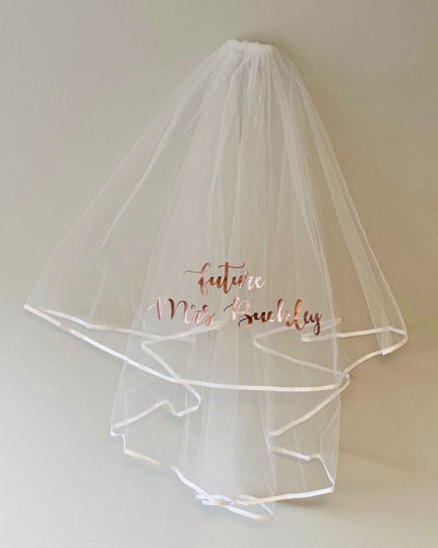 Personalised hen sash and veil set