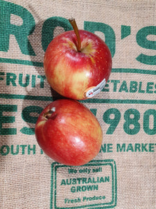 Apples, Royal Gala Large (Each )    new season