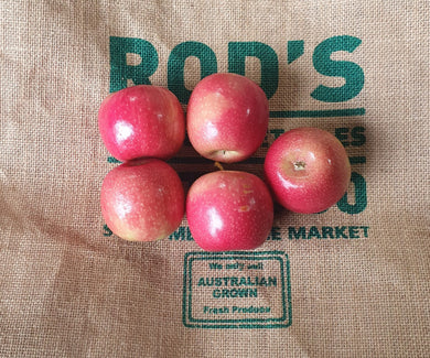 Apples- Pink lady 1kg ( Small Kid Size)