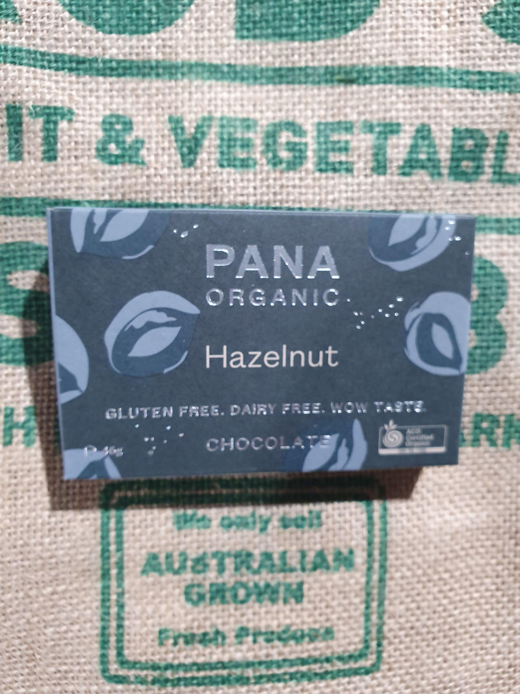 PANA ORGANIC HAZELNUT CHOCOLATE 46g