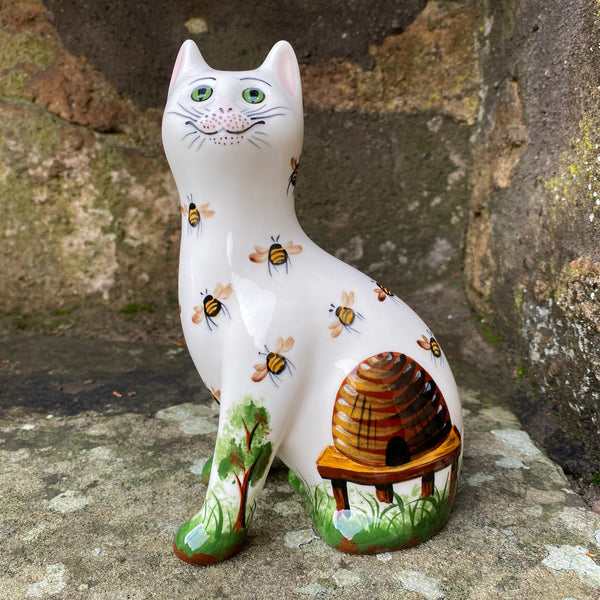 Beehive Small Cat