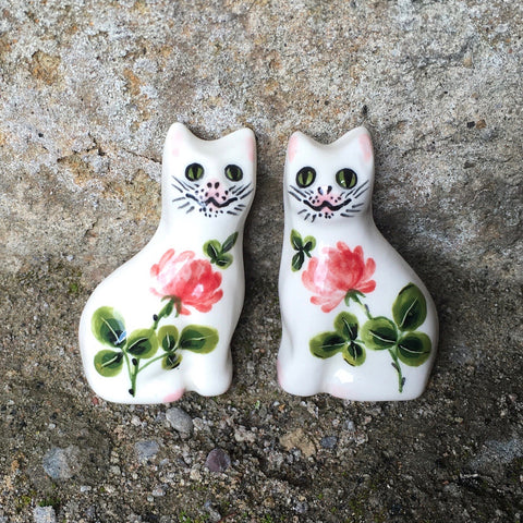 Clover Cat Brooch