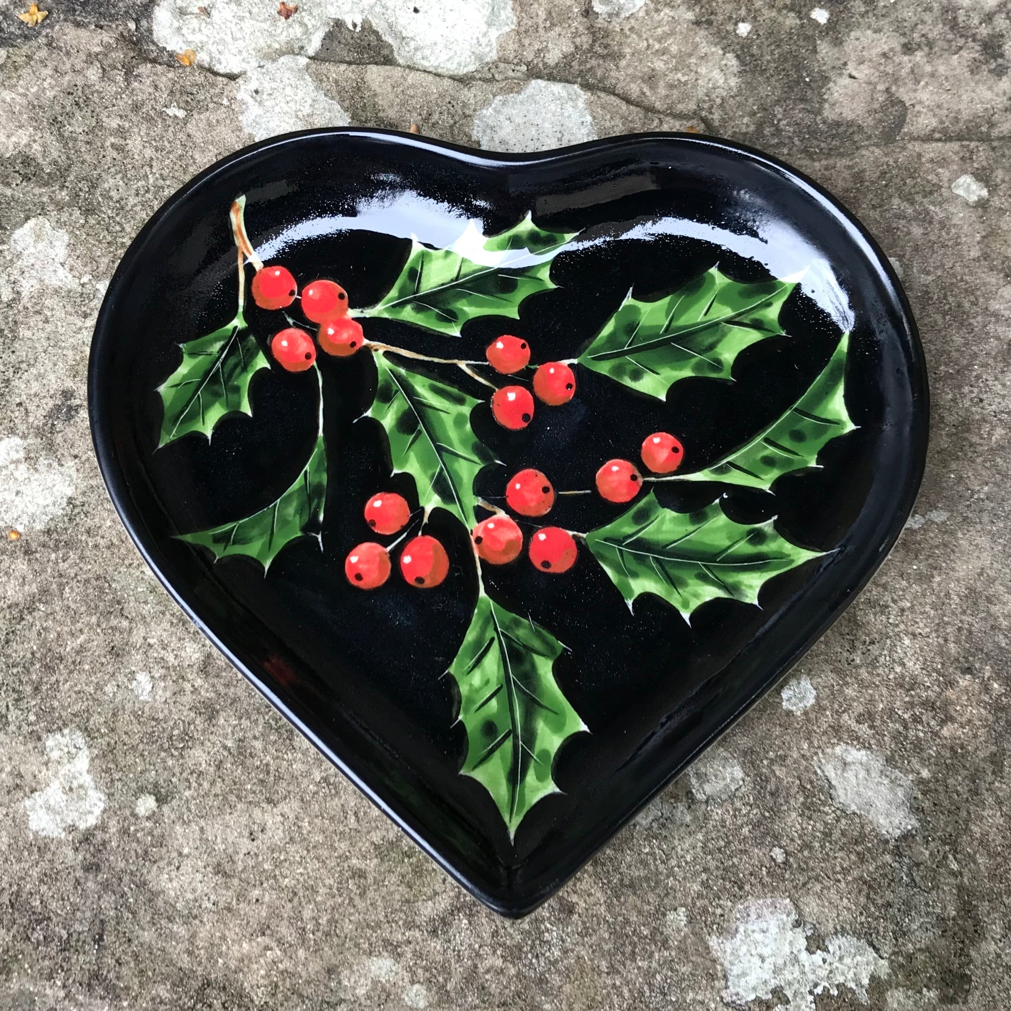 Holly Black Heart Tray