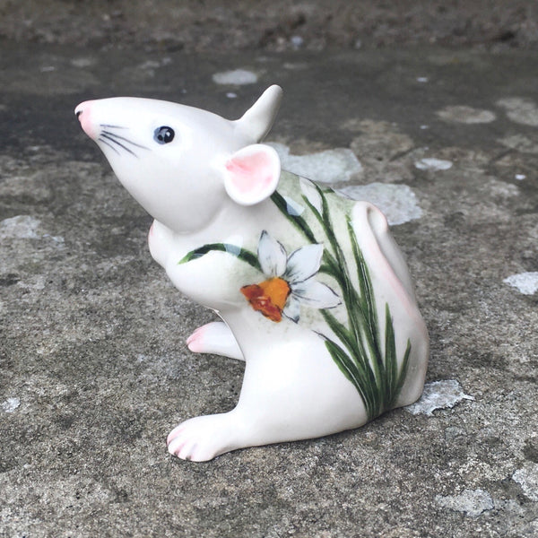 White Daffodil Mouse