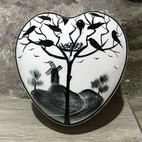 Earlshall Large Heart Trinket Box