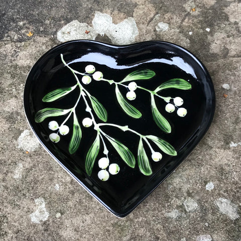 Mistletoe Black Heart Tray